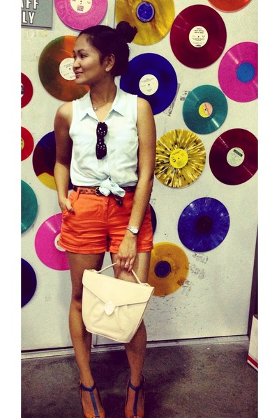 urban outfiters shorts - button-up H&M shirt - purse vintage bag - Levis belt