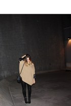 Bershka leggings - Jonak boots - H&M sweater - thrifted vintage bag