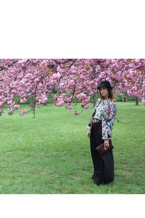 Zara jacket - H&M hat - thrifted vintage bag - thrifted vintage belt