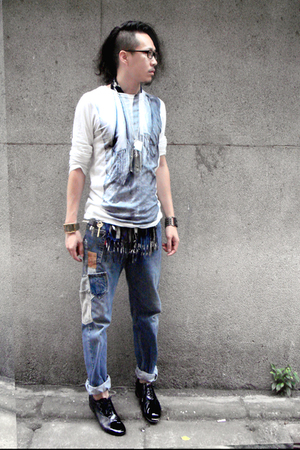 martin margiela t-shirt - Just In Case jeans - vintage shoes - Mary Quant scarf