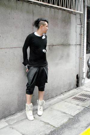 Rick Owens sweater - Just In Case gloves - Comme des Garcons shorts - vintage sk