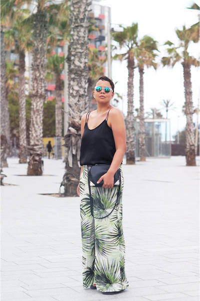 Black H&M Bags, Green Forever 21 Pants, Black Costes Tops ...