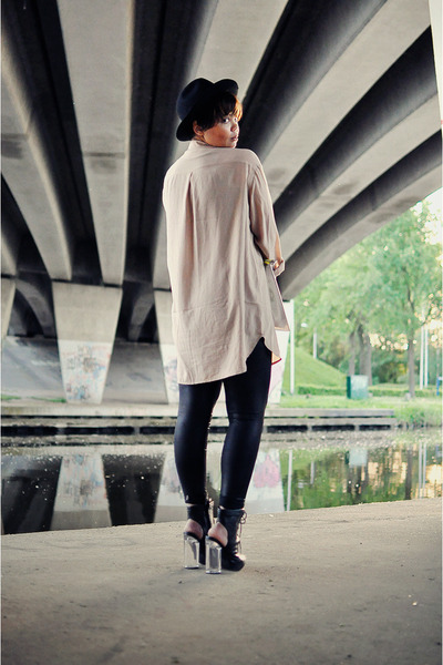 black vintage hat - black Mango leggings - peach GINA TRICOT shirt - silver H&M
