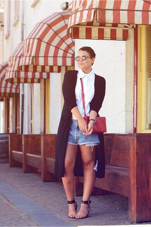 black Vila cardigan - red Forever 21 bag - blue Levis shorts - white vintage top