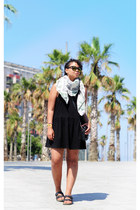 weekday scarf - asos dress - Monki sunglasses - Birkenstock sandals