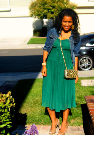 green dress - beige shoes - blue jacket - gold purse