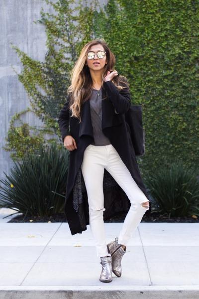 black Lioness coat
