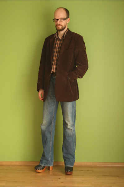 oversized Hilfiger Denim jeans - brown velvet Baltman jacket