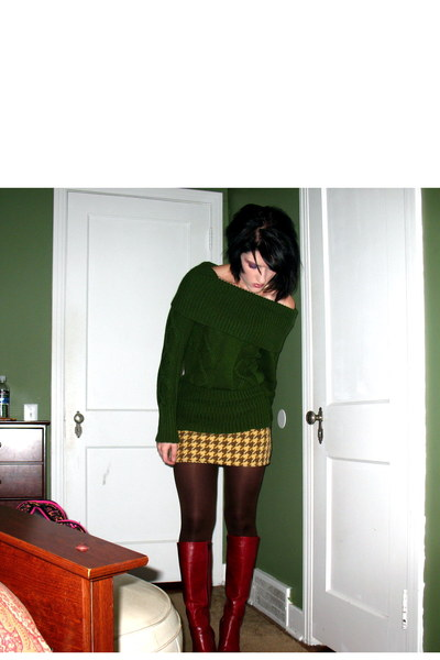 green random sweater - gold Vintage skirt - brown random tights - red Bakers thr