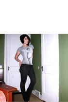 silver Forever 21 t-shirt - gray Fetish jeans - black Zigi Soho boots
