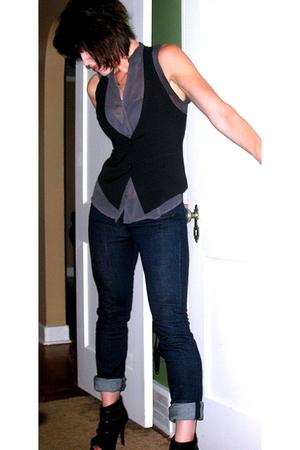 Express vest - Express jeans - Zigi Soho shoes