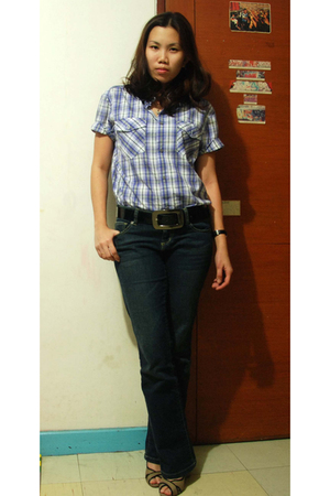H&M blouse - Anne Klein shoes - Guess jeans