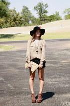 crimson litas Jeffrey Campbell heels - black floppy hat vintage hat