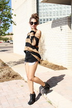 zoe boot sam edelman boots - stripped H&M sweater - cutoffs Levis shorts