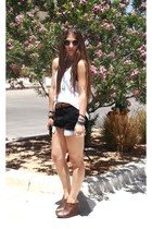 black vintage Levis shorts - round H&M sunglasses - brown brown leaher Forever 2