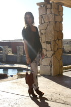 tie-dye Black Orchid jeans - rust H&M boots - michigan StyleMint top