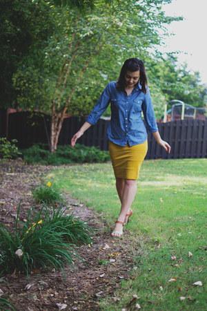 mustard Ruche skirt - sky blue Old Navy shirt - gold xhilaration sandals