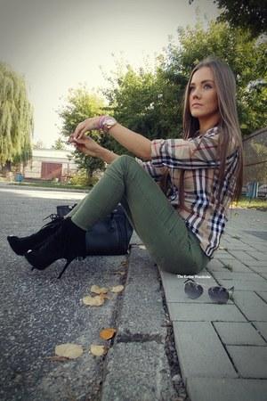 black AmiClubWear heels