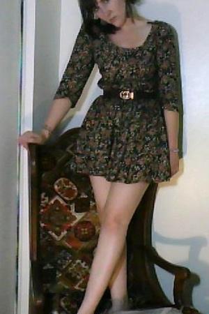 yard sale dress - Gucci belt