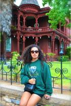 black cut offs shorts - forest green sweatshirt