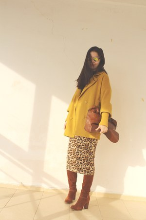 Amisu coat - Diesel bag - cotton skirt
