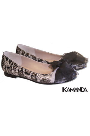 kamanda shoes