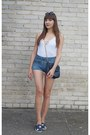 Black-stradivarius-bag-blue-jeans-bershka-shorts-white-h-m-divided-bodysuit