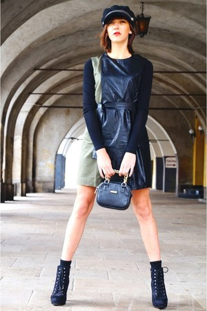 army green Frontrowshop dress - black New Yorker  DIY hat