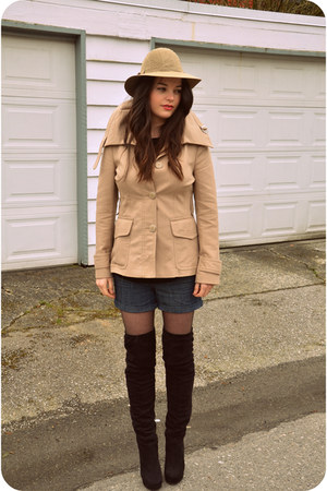 Sirens boots - thrifted hat - Zara blazer - urban behavior shorts - Wilfred Arit