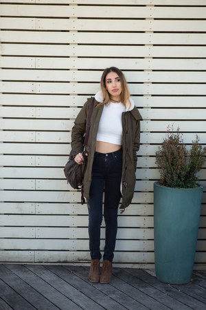 army green parka Lee jacket - gray high waisted Nudie Jeans jeans