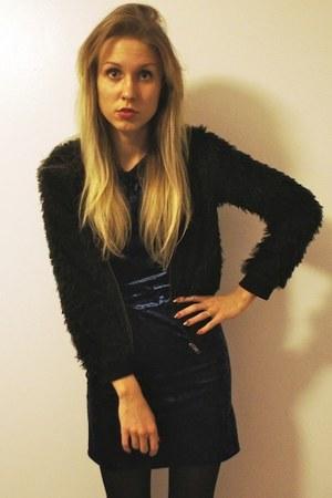 navy Love dress - black kling jacket
