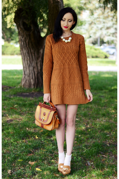 Oasapcom sweater - Front Row Shop necklace