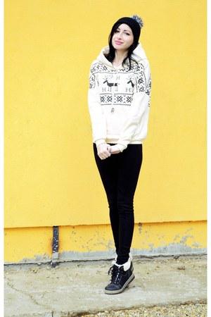tideshecom sweatshirt