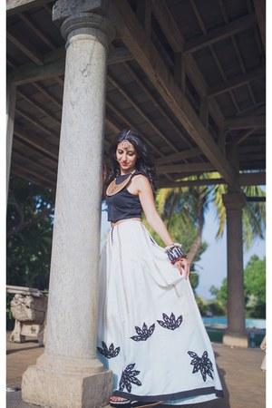 Babita Malkani skirt - Babita Malkani blouse - Babita Malkani accessories