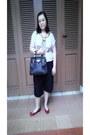 Black-handbag-hermes-bag-cream-top-local-store-blouse