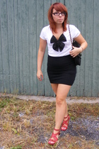 forever 21 shirt - Hot Topic necklace - DIY skirt - Nine West shoes - Ezekiel pu