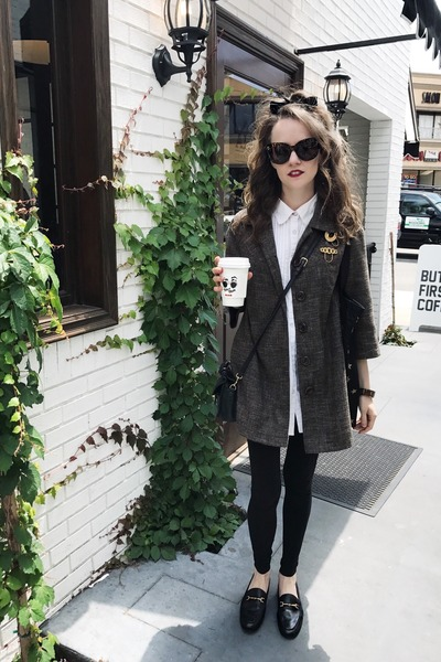 tweed vintage coat - black leggings tights