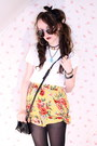 Mustard-floral-2nd-hand-shorts-black-black-and-gold-romwe-sunglasses