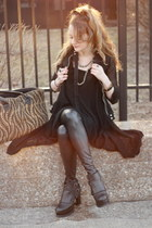 black Urban boots - black shiny black Lush leggings - tan carpet bag  bag