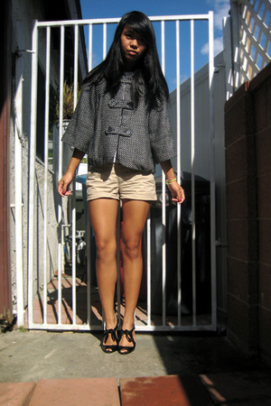 volcom jacket - shorts - Bakers shoes