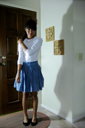 forever 21 skirt - shirt - necklace - Jessica Simpson shoes