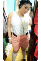 pink skirt - white top - black shoes - white socks