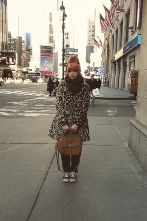 H&M coat - Old Navy jeans - Urban Outfitters scarf - Urban Outfitters bag - i ha