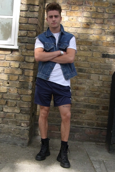 hackney uniform