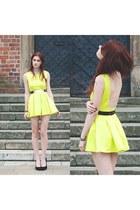 yellow Oasapcom dress