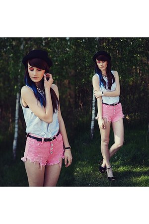 bubble gum Oasapcom shorts