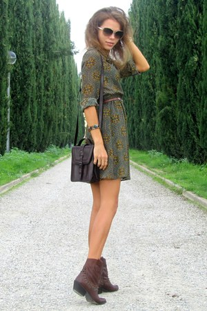 Zara boots - Zara dress - Zara bag - Miu Miu sunglasses - Zara belt