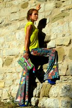 Sisley t-shirt - Junker pants - Zara heels
