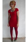 Red-vintage-dress-ruby-red-sweater-knit-urban-outfitters-tights