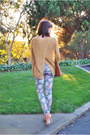 Heather-gray-floral-others-follow-jeans-mustard-knit-theory-sweater